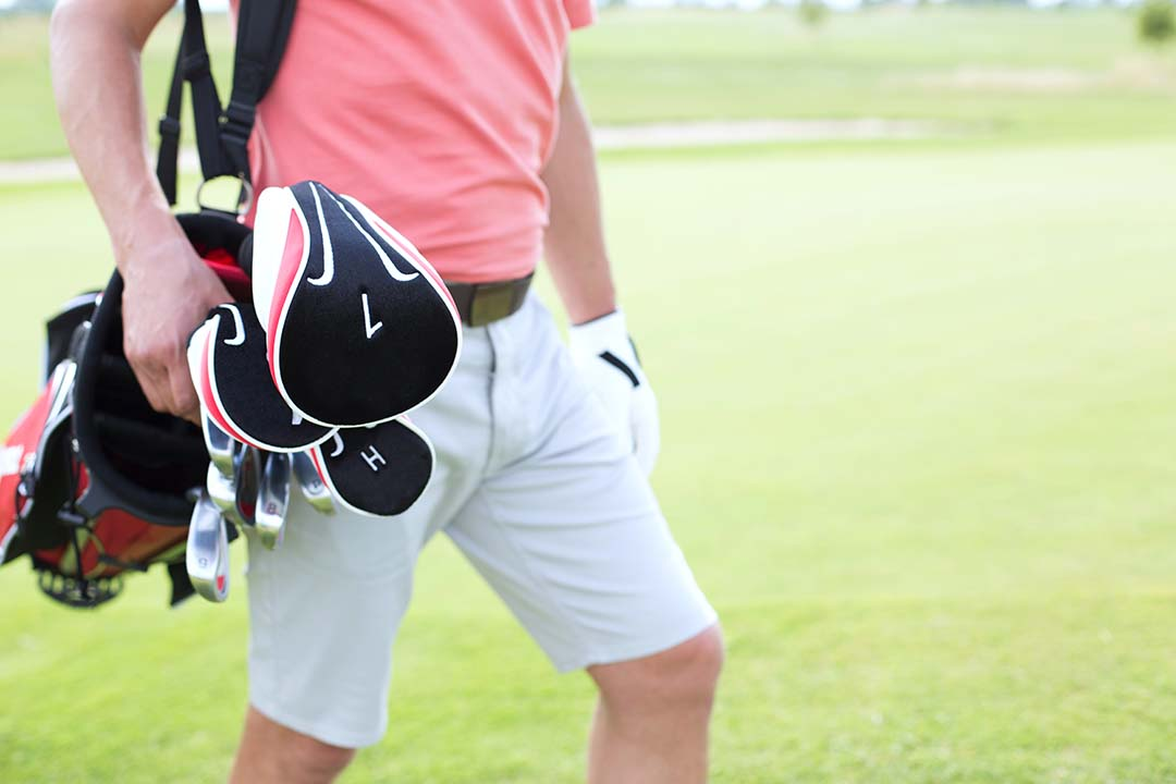 How to Wear a Carry Golf - Learn the Right Way
