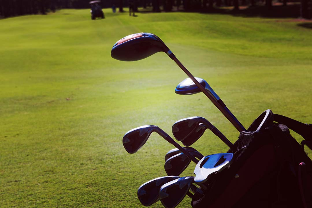 Learn How to Clean Golf Irons and Make it Good As New