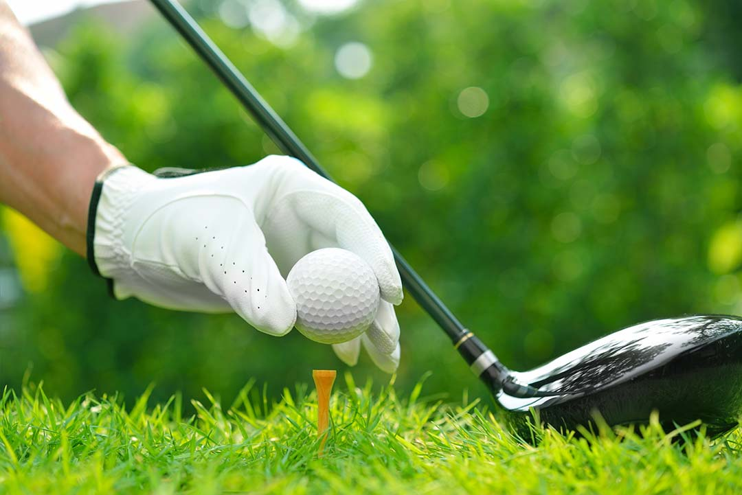 Complete Guide on How to Regrip Golf Clubs