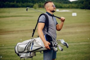 How to Use Golf Bag Shoulder Strap
