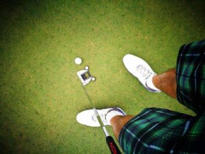 How to Clean Golf Shoes into a Spotless White!