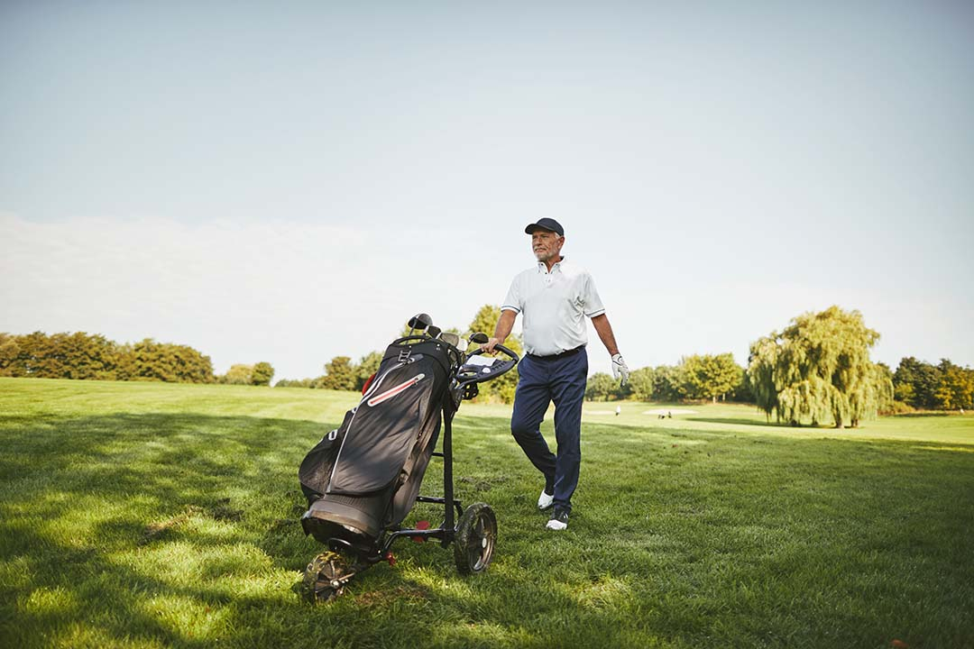 How to Travel with Golf Bags? Jet-Setter Golfers' guide