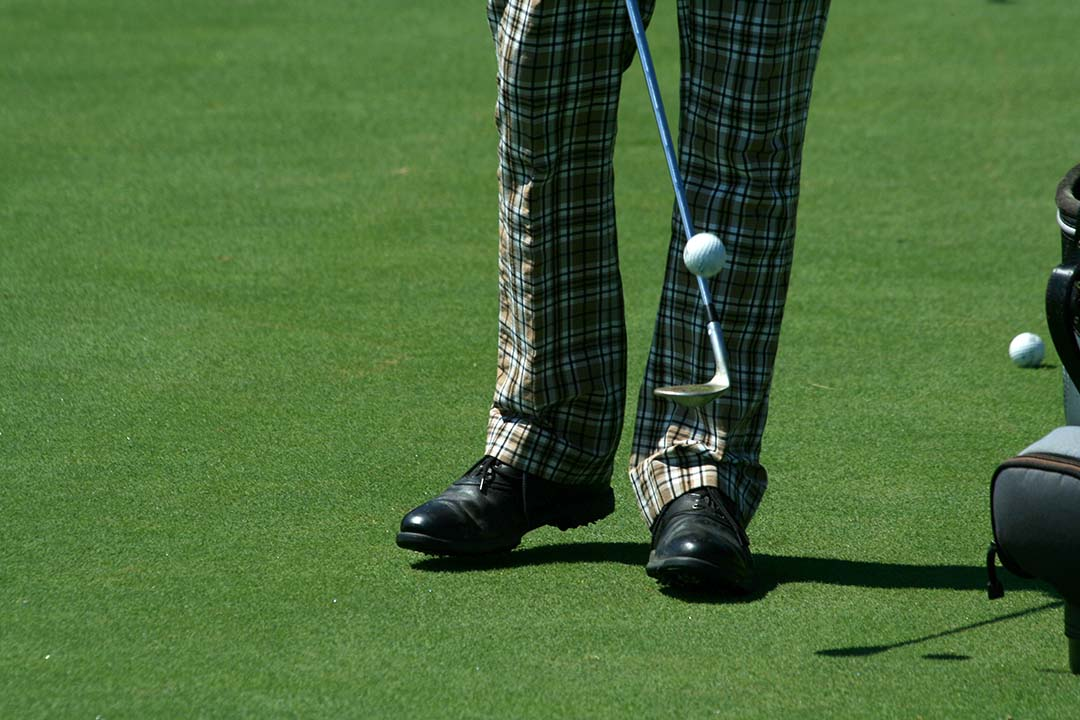 Where to Buy Golf Shoes Cheap | Playing on a Budget